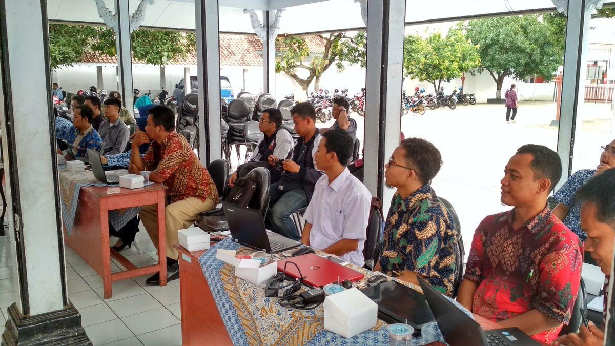 Pelatihan Website Desa Kecamatan Taman